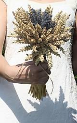 Kytice pre nevestu - Jednoduchá svadobná levanduľová kytica s obilím - 12220495_