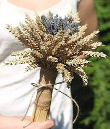 Kytice pre nevestu - Jednoduchá svadobná levanduľová kytica s obilím - 12220496_