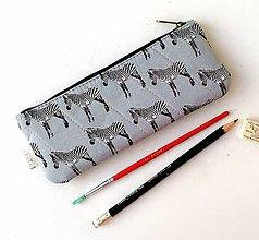 Taštičky - Peračník Zebry šedé (s koženkou) - 12222562_