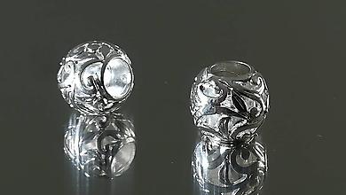 Korálky - Ozdobná kovová korálka a la PANDORA  (11x11mm - Strieborná) - 12223249_