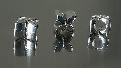 Korálky - Ozdobná kovová korálka a la PANDORA  (13x7mm - Strieborná) - 12223294_