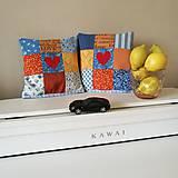 Úžitkový textil - Dva minivankúše so srdcom do auta - 12226475_