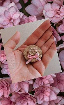 Brošne - Brošňa klobúčik ružová mašľa. - 12229035_