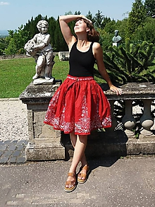 Sukne - Letná sukňa so slovenským ľudovým vzorom - 12227427_