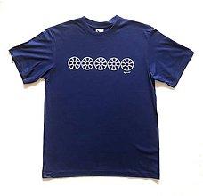 Tričká - Pánske tričko s folklórnym motívom, kráľovská modrá - horizontálny vzor - 12233006_