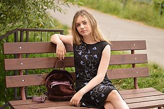 Šaty - Ľanové letné dievčenské šaty s ručnou maľbou. - 12233244_