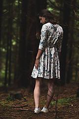 Šaty - Kvetované zavinovacie šaty  - 12236053_