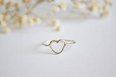 Prstene - Strieborný prsteň - Malé srdce - 12238485_