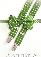 Doplnky - Pánsky motýlik a traky - zelený bodkovaný - hráškový - 12238475_