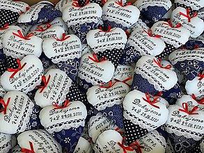 Darčeky pre svadobčanov - Svadobné srdiečka bielo-modré s textom - 12241778_