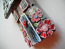 Dekorácie - Kvetinový domček - 12241503_