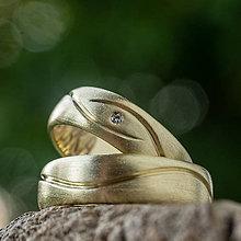 Prstene - Naša spoločná cesta životom ... svadobné obrúčky - 12241946_