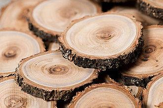 Drobnosti - Drevené plátky - marhuľa (okrúhle (ks), priemer 4 - 5 cm) - 12242907_