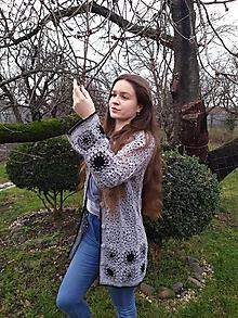 Svetre/Pulóvre - Niekoľko odtieňov sivej...,háčkovaný  sveter - 12242627_