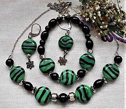 Sady šperkov - Zebra v zelenom - 12247751_