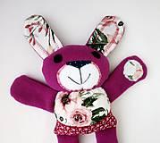 Hračky - Zajačik kvetinár - 12247772_