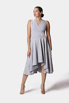 Šaty - Šaty Cross Midi vyšívané šedé - 12252767_