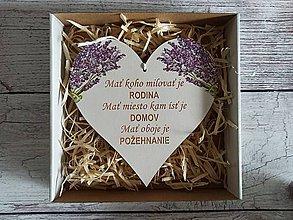 Dekorácie - Srdiečko mať koho milovať - 12251041_