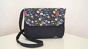 Kabelky - Kabelka- lúčne kvety na čiernej  - 12254142_