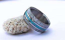 Prstene - Titanový prsteň s tyrkysom a parožím - 12256606_