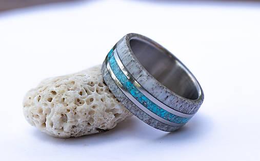 Titanový prsteň s tyrkysom a parožím