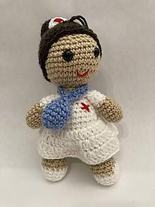 Hračky - bábiky / zdravotná sestrička - 12259472_