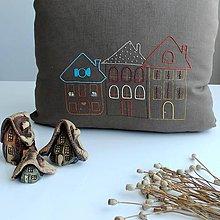 Úžitkový textil - Ľanové vankúše - domčeky 2 - 12260798_