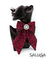 Odznaky/Brošne - Dámsky motýlik - luxusný - malinový - vzorovaný - 12263581_