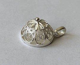 Iné šperky - Filigrán prívesok, ručná práca - 12264613_