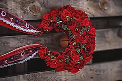 Ozdoby do vlasov - XXL kvetinová bohato zdobená folk parta červená - 12267577_