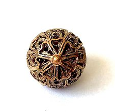 Iné šperky - Ručná práca filigránový gombík - 12266503_