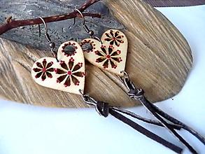 Náušnice - natur srdiečka s kožou(bordové) - 12268050_