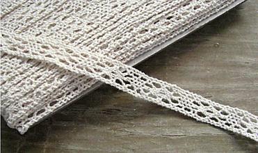 Galantéria - Čipka zo 100% bavlny, 1,1 cm x 18,3 m- béžová - 12268467_