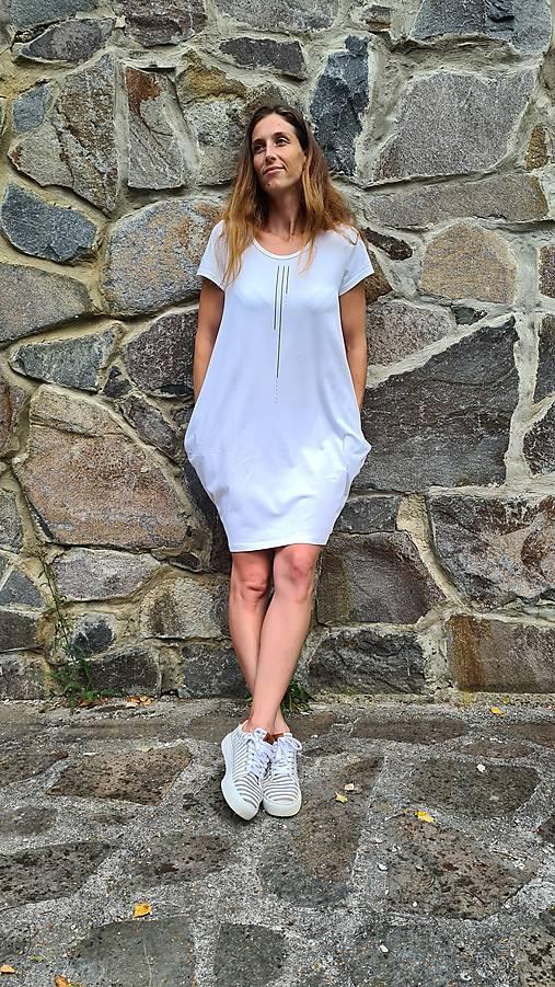 Šaty balónový strih M08 - biele, zlatá bodkočiarka, veľ. L