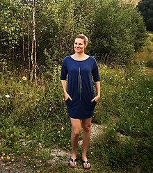Šaty - Šaty rovný strih M15 - IIII strieborná - 12268386_