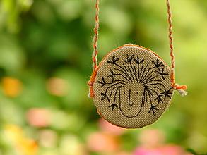 Náhrdelníky - náhrdelník: zakvitnutá hlávka - 12273283_