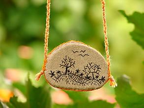Náhrdelníky - náhrdelník: z á h r a d a - 12277231_