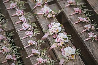 Náramky - Väčší kvetinový náramok pre družičky - 12280970_