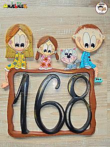 Tabuľky - Číslo na dom - rodinka - 12280247_