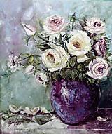 Obrazy - Ruže vo fialovej váze_60x70 - 12282870_