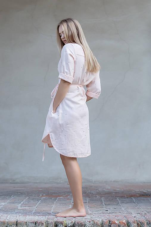 Šaty - Zavinovací šaty pudrové - 12281710_