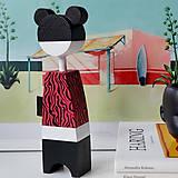 Dekorácie - Drevená bábika Sisi - 12281341_