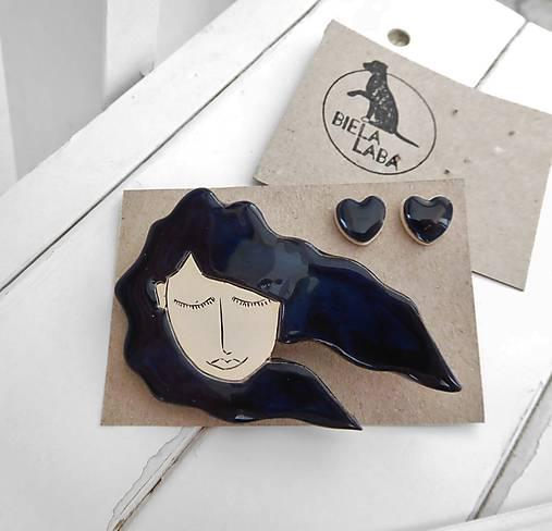 Keramický set brošňa a náušnice (vietor vo vlasoch)