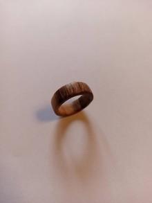 Prstene - Drevený prsteň orech - 12294130_