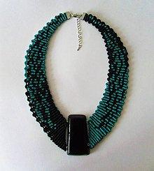 Náhrdelníky - Macramé náhrdelník Green and black - 12295310_