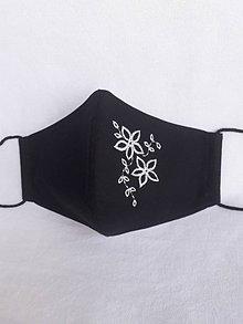 Rúška - Čierne rúško 2-vrstvové s výšivkou Biele kvety - 12297175_