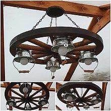 Svietidlá a sviečky - Chaluparsky luster drevene koleso s vedierkami - 12299173_