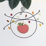 Dekorácie - jesenná dekorácia s jabľčkom - 12301313_