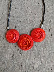 Náhrdelníky - Červený náhrdeľník - 12303339_