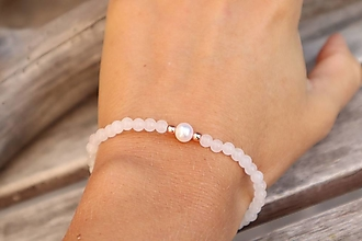 Náramky - Tenký náramok jadeit a riečna perla - 12303521_